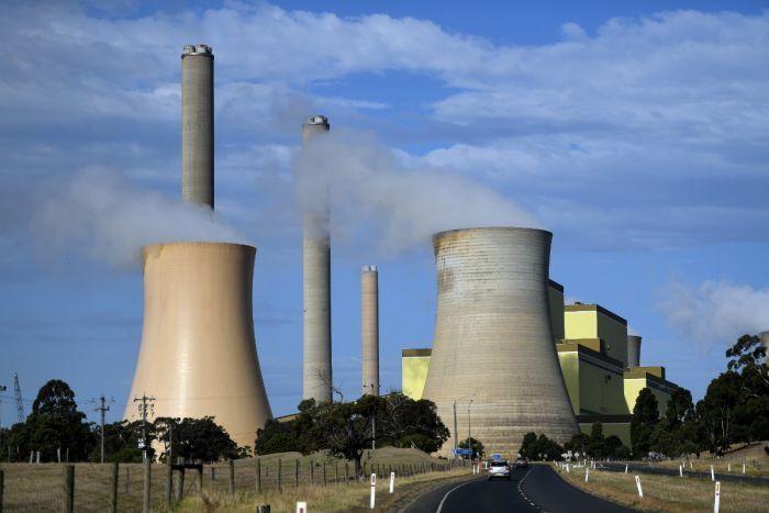 """Trung Quốc""""tự do hóa"""" giá điện nhằm giải quyết khủng hoảng năng lượng"""