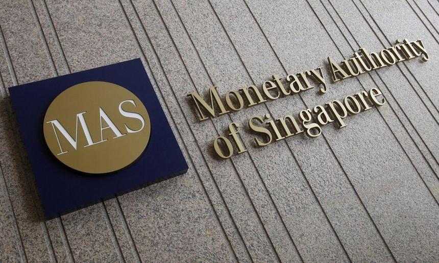 Singapore thắt chặt chính sách tiền tệ do áp lực giá cả tăng