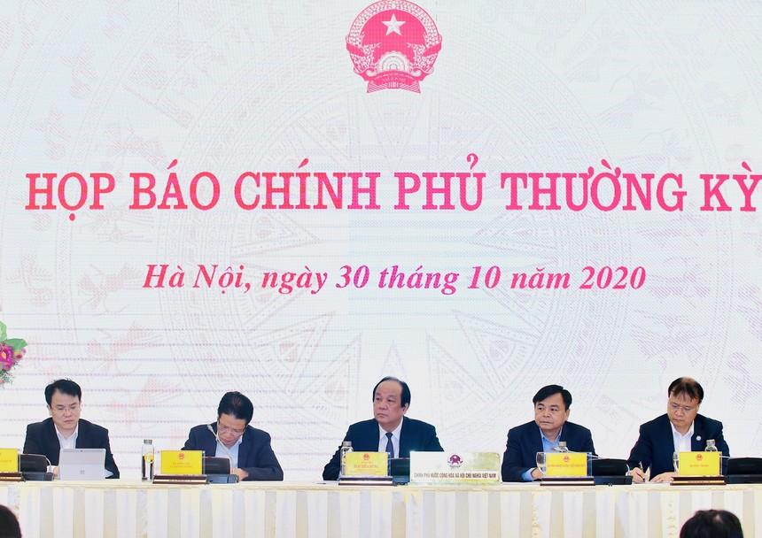 Kinh tế Việt Nam đã qua đáy trong quý II và đang phục hồi theo hình chữ V trong quý III