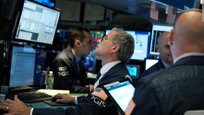 Nhận tín hiệu tốt, giới đầu tư gạt bỏ lo lắng