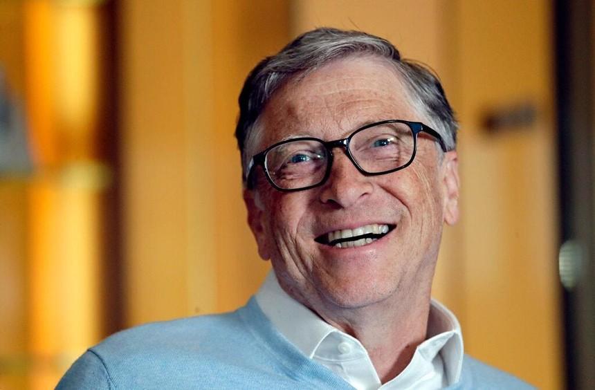 """Bill Gates bị tố """"tán tỉnh"""" nhiều đồng nghiệp nữ dù đã có vợ"""