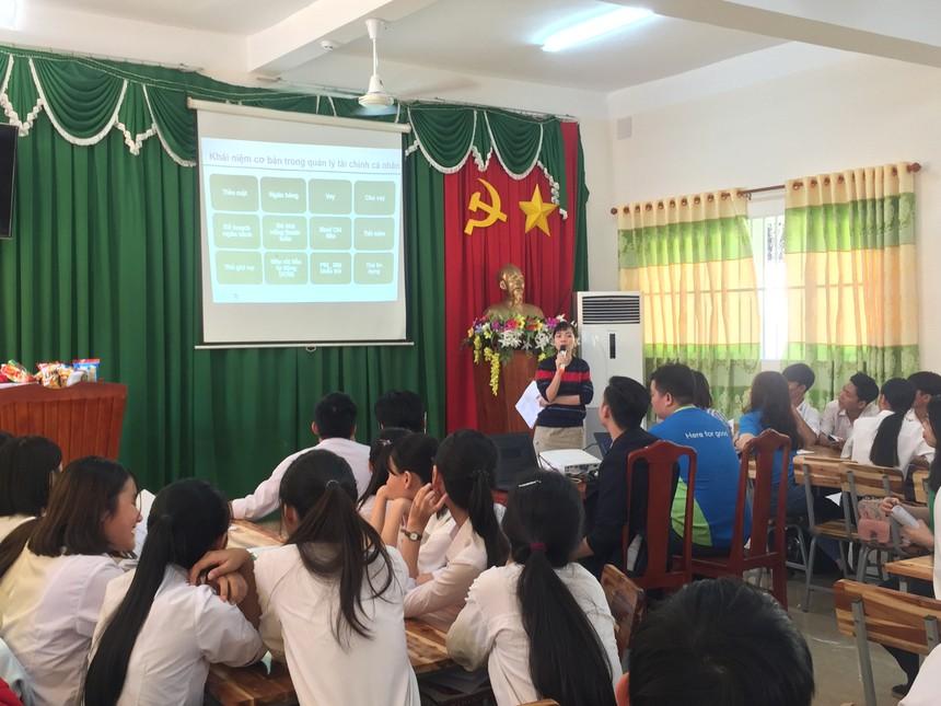 Hơn 1.100 học sinh Việt Nam được đào tạo kiến thức tài chính