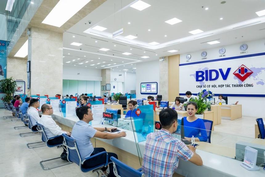 BIDV dành 8 tỷ đồng hỗ trợ đồng bào miền Trung