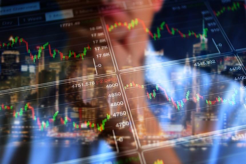 Giao dịch chứng khoán khối ngoại ngày 13/5: Ồ ạt xả bluechip, bán ròng tới gần 1.200 tỷ đồng
