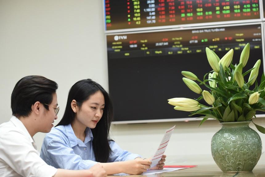 """Thị trường chứng khoán: Kỳ vọng """"bình thường mới"""""""