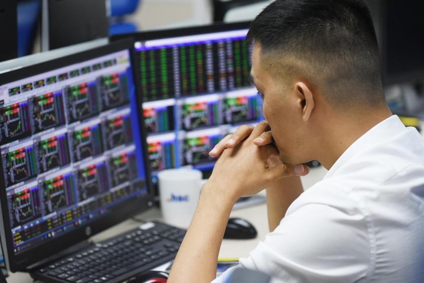 VDSC: Nhóm ngân hàng sẽ quyết định xu hướng thị trường trong tháng 9