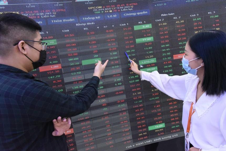Tìm cơ hội khi thị trường phân hóa sâu