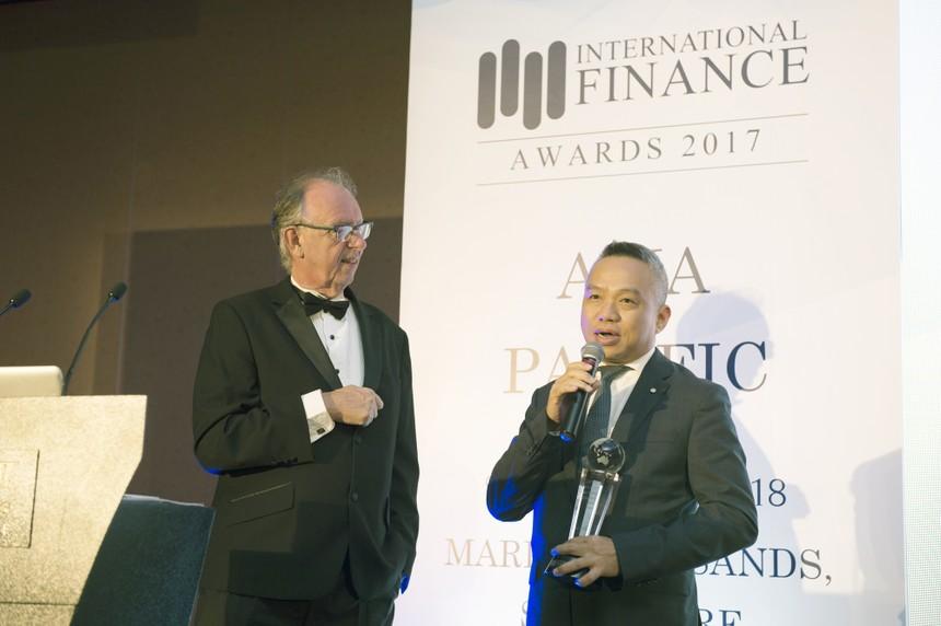 Sun Life Việt Nam nhận giải thưởng quốc tế từ IFM