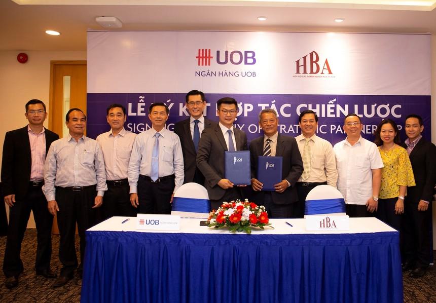 Ngân hàng UOB Việt Nam hợp tác với Hiệp hội các khu công nghiệp TP. HCM