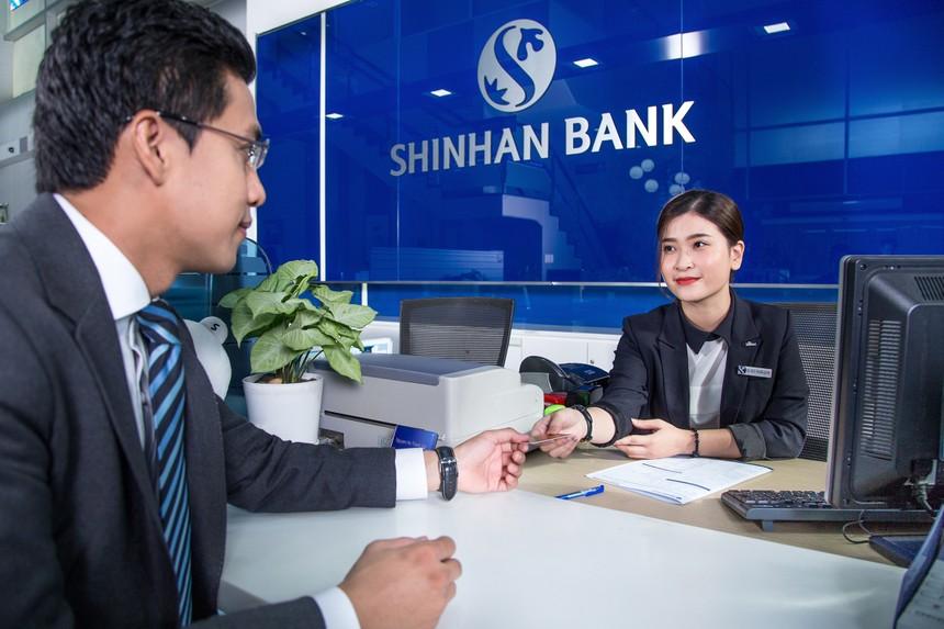 Shinhan - Ngân hàng có tỷ lệ chấp nhận giao dịch cao nhất dành cho thẻ ghi nợ doanh nghiệp