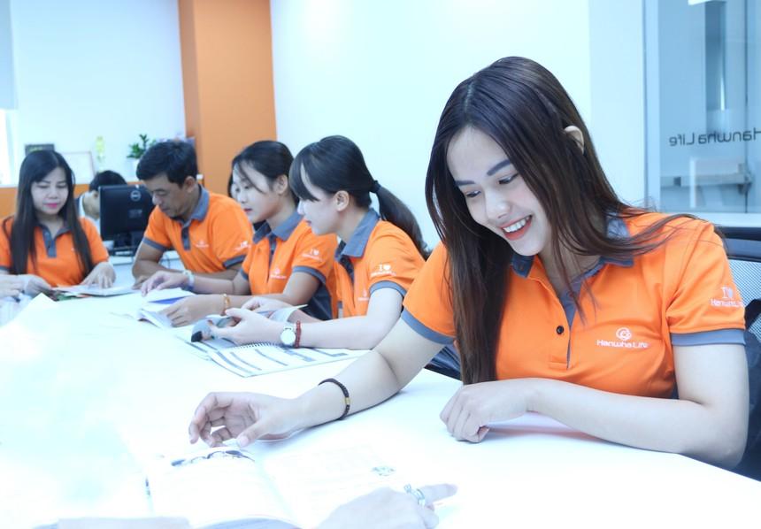 Hanwha Life Việt Nam đạt doanh thu phí mới 1.050 tỷ đồng