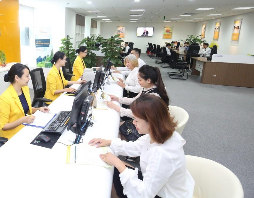 Sun Life dành hơn 21 tỷ đồng tặng quà cho khách hàng mua bảo hiểm qua ACB