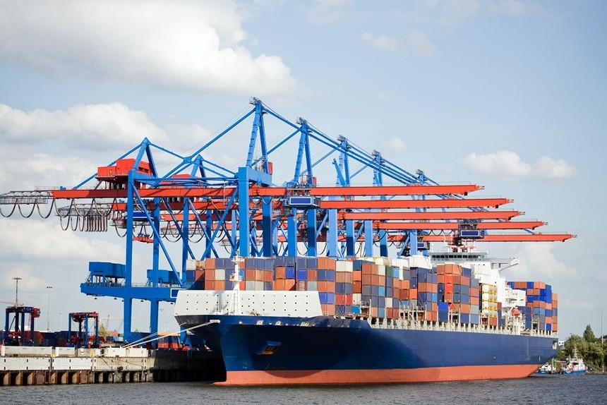 7 tháng xuất siêu 1,8 tỷ USD, xuất khẩu sản phẩm công nghiệp chế biến tăng mạnh