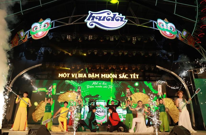 Huda tái hiện các lễ hội truyền thống Tết miền Trung trên sân khấu sự kiện