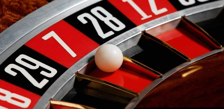 Có nên cho người Việt vào Casino chơi?