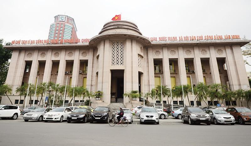 Cải cách thủ tục hành chính, Ngân hàng Nhà nước ban hành 14 thông tư trong 2 ngày