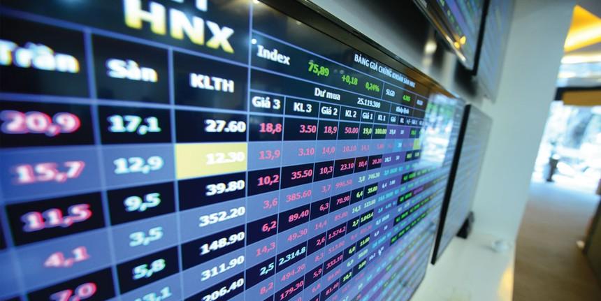 Tháng 6, khối ngoại bán ròng cổ phiếu trên HNX
