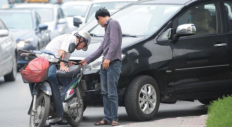 Thông thường, nạn nhân thường muốn bồi thường cao, trong khi chủ xe hay DNBH không muốn chi vượt khung