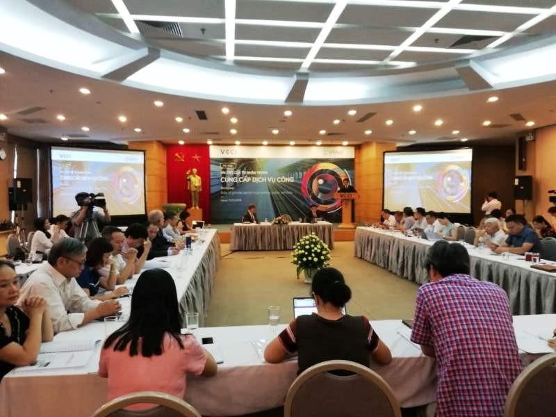 Hội thảo Vai trò của tư nhân trong cung cấp dịch vụ công do VCCI và USAID tổ chức