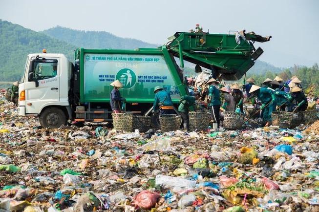 Dự án Nhà máy xử lý chất thải rắn sinh hoạt được đề xuất xử lý 1000 tấn rác thải rắn/ngày có thời gian hoạt động không quá 25 năm kể từ ngày ký kết hợp đồng dự án…