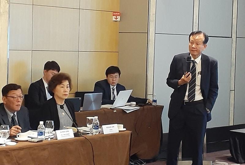 GS. Hyeon Park của Đại học Seoul đưa ra khuyến nghị tại Hội thảo