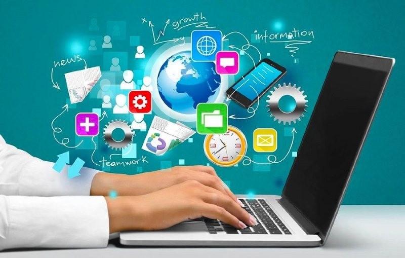 Nền kinh tế số tại Việt Nam ngày càng phình to, bao gồm các lĩnh vực thương mại điện tử, du lịch trực tuyến, truyền thông trực tuyến, và gọi xe công nghệ...