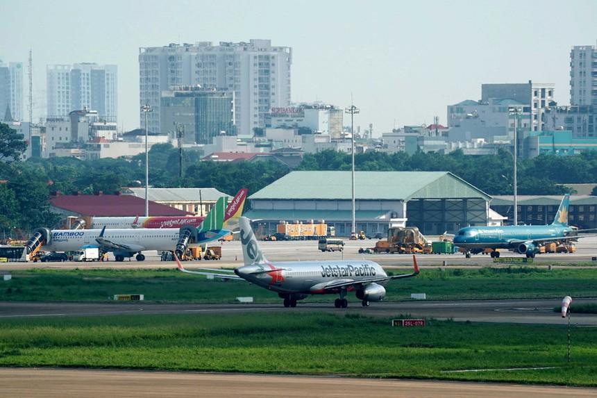 ACV hiện đang quản lý, khai thác 21 sân bay trên cả nước với doanh thu tăng ổn định từ khoảng 13.172 tỷ đồng vào năm 2015 lên con số 16.089 tỷ đồngtrong năm 2018.