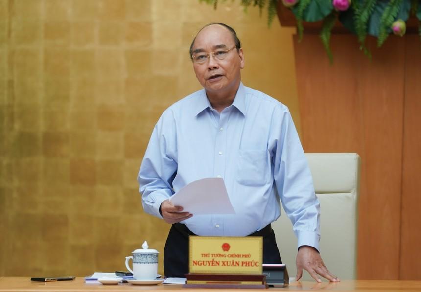 Thủ tướng Nguyễn Xuân Phúc chủ trì cuộc họp Thường trực Chính phủ chiều 28/4 (Ảnh: VGP)