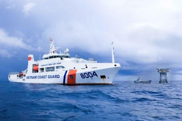Tàu cảnh sát biển Việt Nam làm nhiệm vụ trên Biển Đông. Ảnh: Cảnh sát biển Việt Nam.
