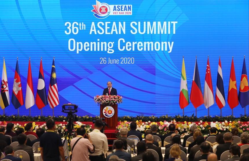 Thủ tướng: COVID-19 là phép thử để ASEAN khẳng định bản lĩnh