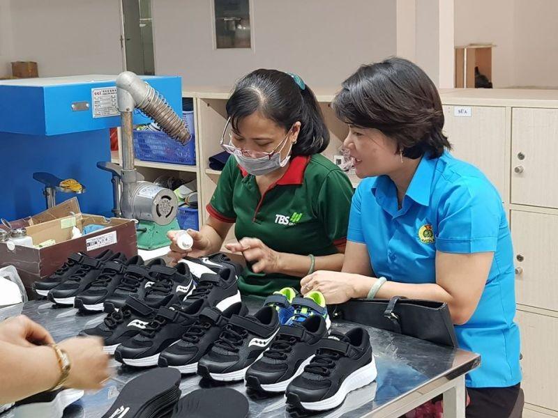 Đơn hàng sụt giảm, xuất khẩu giày dép 7 tháng 2020 đã rời khỏi TOP các mặt hàng xuất khẩu trên 10 tỷ USD.