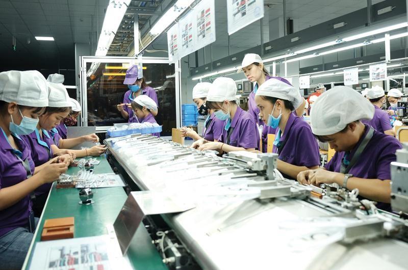 Luxshare hiện có 2 nhà máy sản xuất ở Bắc Giang và một nhà máy ở Nghệ An, cả 3 liên tục được tăng vốn đầu tư. Ảnh: N.Đ