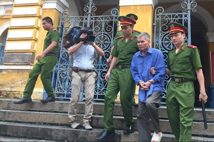 Ngày 27/8, bị án Vũ Quốc Hảo sẽ tiếp tục hầu tòa trong phiên tòa phúc thẩm xét xử lại phần dân sự trong vụ án tham ô tại Công ty Cho thuê tài chính ALCII.
