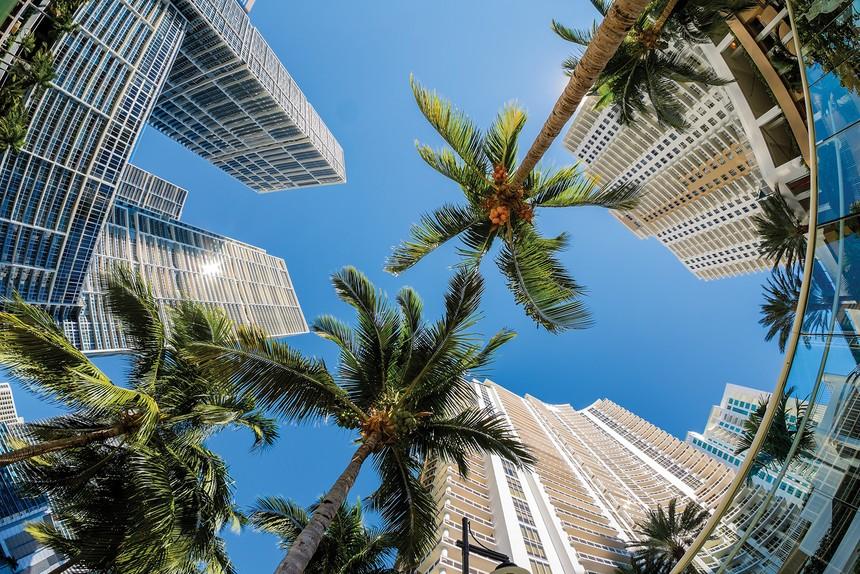 Chuyển tiền mua nhà ở nước ngoài chưa được pháp luật thừa nhận