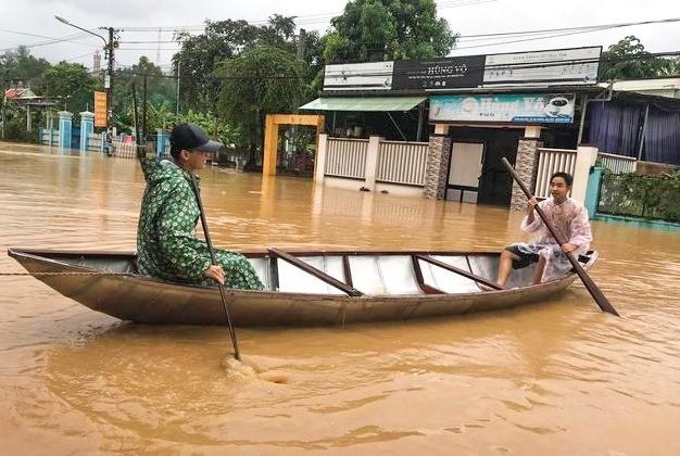 Nước lũ trên địa bàn huyện Đại Lộc, tỉnh Quảng Nam đang dâng cao.