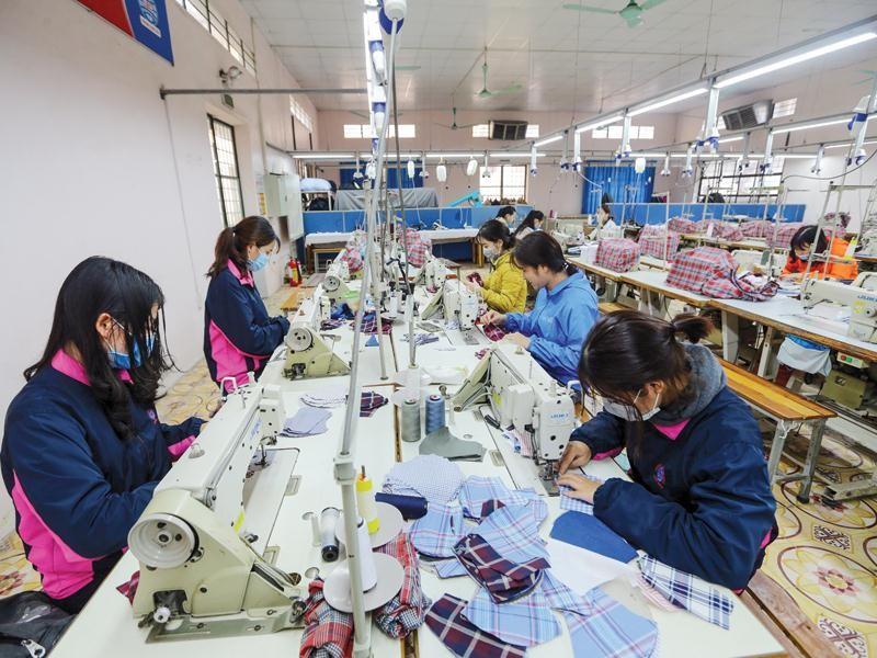 Năm 2021 dù còn những khó khăn, nhưng kinh tế Việt Nam sẽ hồi phục, với mức tăng trưởng có thể lên tới 6,5-7%.