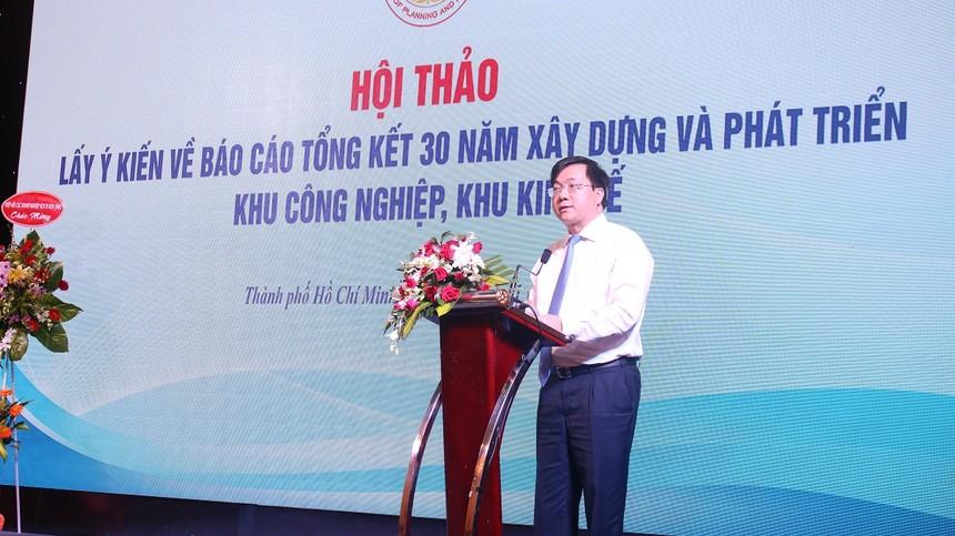 Thứ trưởng Trần Duy Đông phát biểu tại Hội thảo.