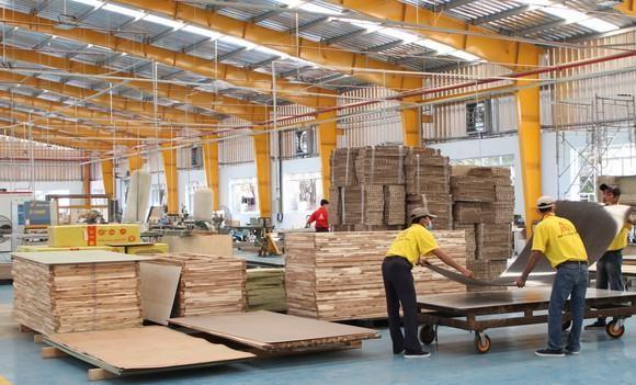 Việt Nam là một trong những nước xuất khẩu lớn đồ gỗ và nội thất vào Anh, với kim ngạch gần 422 triệu USD năm 2019.