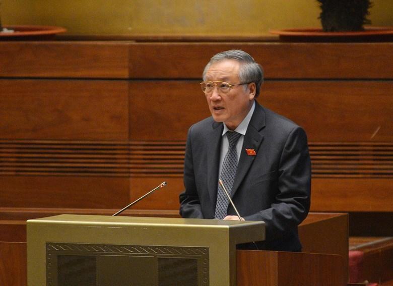 Chánh án Toà án nhân dân Tối cao Nguyễn Hoà Bình.