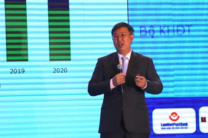 Ông Nguyễn Xuân Thành chia sẻ tại Diễn đàn kịch bản kinh tế Việt Nam thường niên 2021 chiều 11/01, tại TP.HCM (Ảnh: Hồng Phúc).