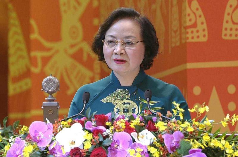 Bà Phạm Thị Thanh Trà, Thứ trưởng Bộ Nội vụ tham luận tại Đại hội.