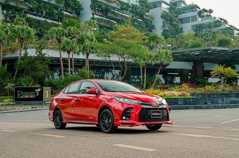 Toyota Vios 2021: Cải tiến thiết kế, thêm phiên bản thể thao