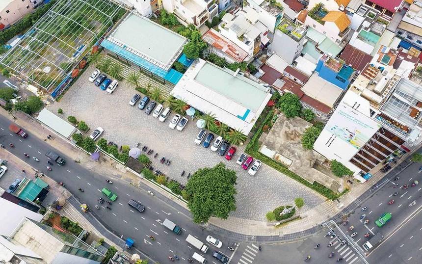 Khu đất tại số 225 - Nam Kỳ Khởi Nghĩa (quận 3, TP.HCM) - một trong 12 địa điểm liên quan sai phạm của Vinatea trước khi cổ phần hóa - Ảnh: Quang Định