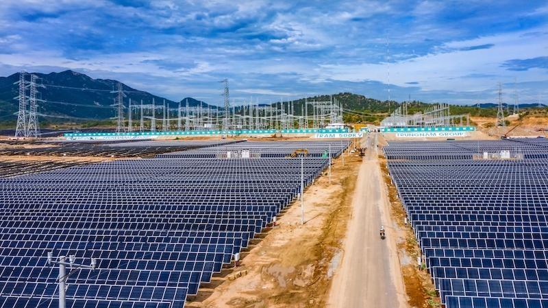 Nhà máy điện mặt trời Trung Nam Thuận Nam 450 MW