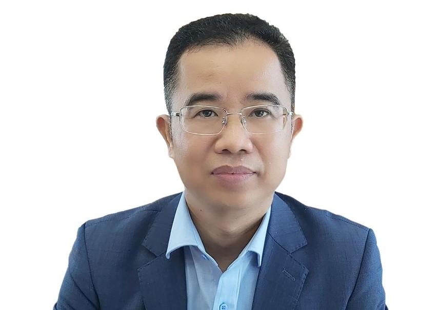 Ông Lê Trung Hiếu, Vụ trưởng Vụ Hệ thống tài khoản quốc gia (Tổng cục Thống kê).