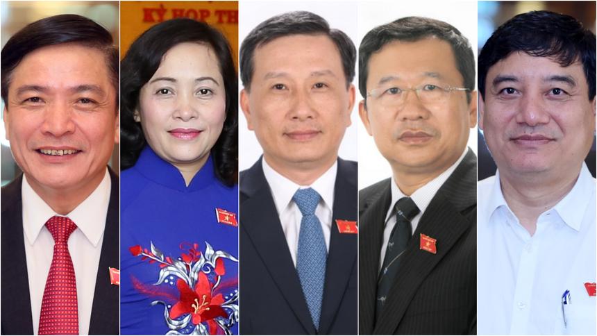 Từ trái qua: ông Bùi Văn Cường, bà Nguyễn Thị Thanh, ông Lê Quang Huy, ông Vũ Hải Hà, ông Nguyễn Đắc Vinh.