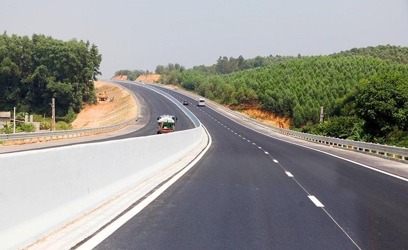 Đến năm 2030, sẽ xây dựng 5.000 km đường cao tốc