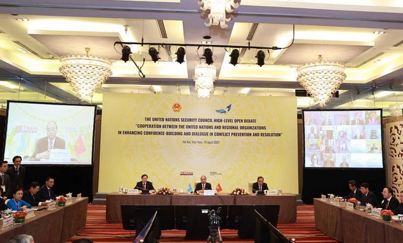 Chủ tịch nước Nguyễn Xuân Phúc chủ trì Phiên thảo luận mở của HĐBA LHQ ngày 19/4