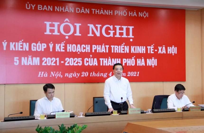 Chủ tịch UBND thành phố Hà Nội Chu Ngọc Anh điều hành Hội nghị