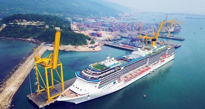 Cảng Tiên Sa do Công ty CP Cảng Đà Nẵng quản lý.